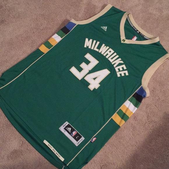 adidas Other - Milwaukee Bucks Giannis Antetokounmpo Jersey f0d61936f